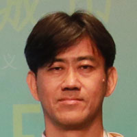Weiwen Huang